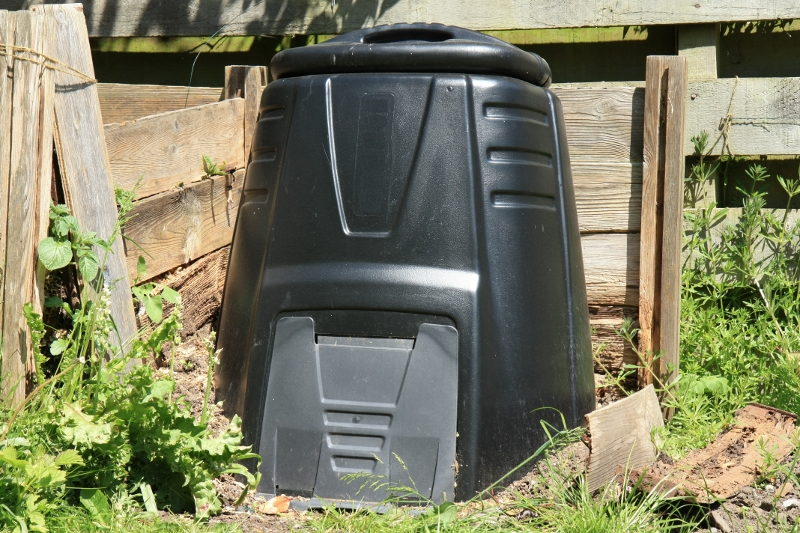 Orto, come preparare il compost