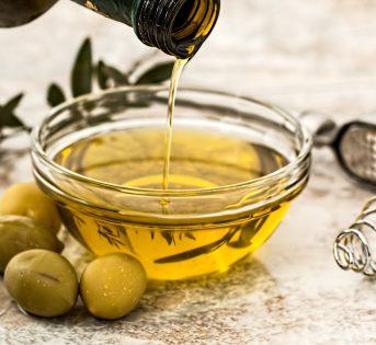 Olio extravergine, alimento prezioso per tutte età