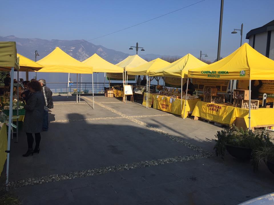 Il mercato agricolo dal produttore al consumatore - Km 0 di Sale Marasino